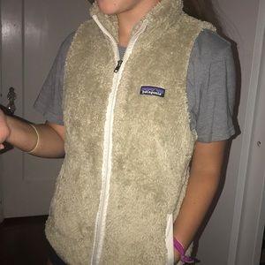 khaki patagonia vest